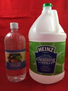 Vinegar, cooking and cleaning type